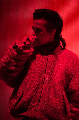 G-Dragon ACT III MOTTE in Seoul (45)
