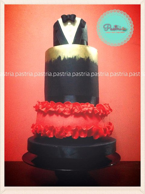 Cake by Ria Reyes of PASTRIa