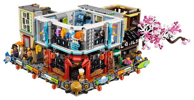 The LEGO Ninjago Movie 70620 Ninjago City 3