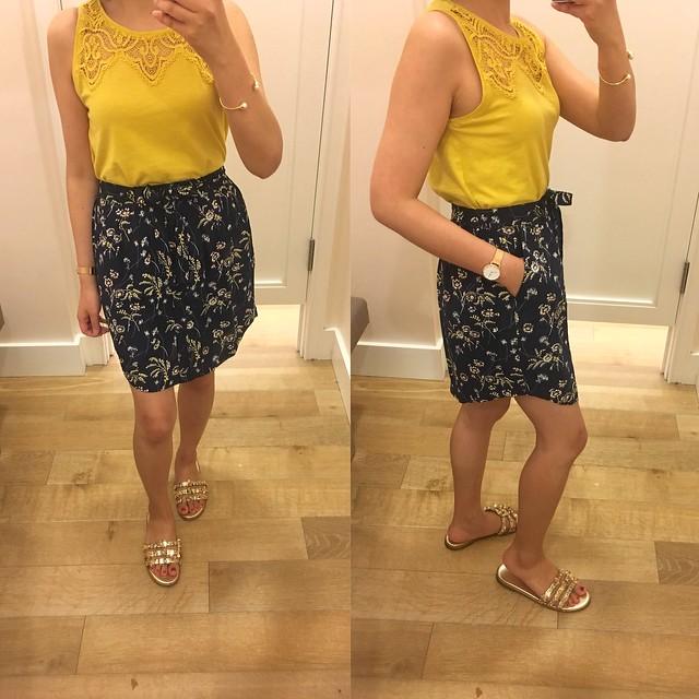LOFT Daisy Tie Waist Button Skirt, size XSP