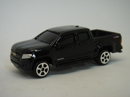 MAISTO 2015 CHEVROLET COLORADO 1/64
