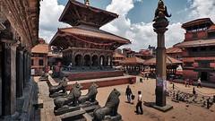 Официальные представители ЮНЕСКО рассматривают статус долины Катманду