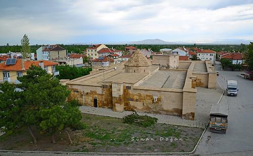 Sultandağı Kervansarayı
