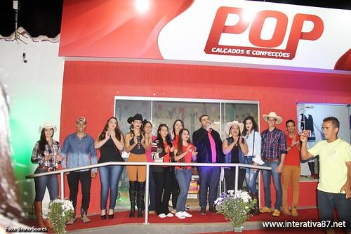 DESFILE DA POP CALÇADOS E CONFECÇÕES