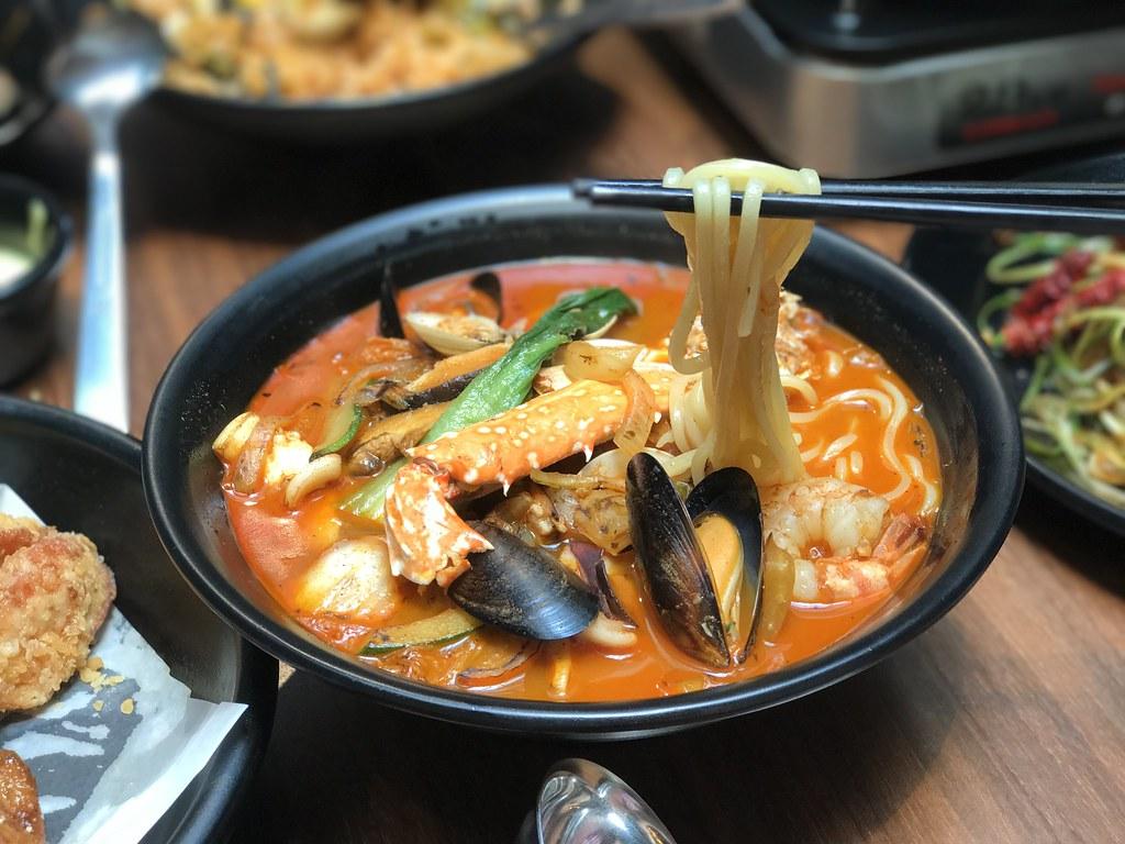 Woo Jae's Seafood Noodles