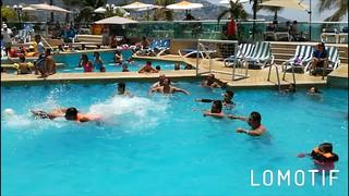 Disfruta de una tarde llena de #diversión en #Acapulco ? Para cotización de #hospedaje y reservaciones, llámanos: 01800-272 02 13