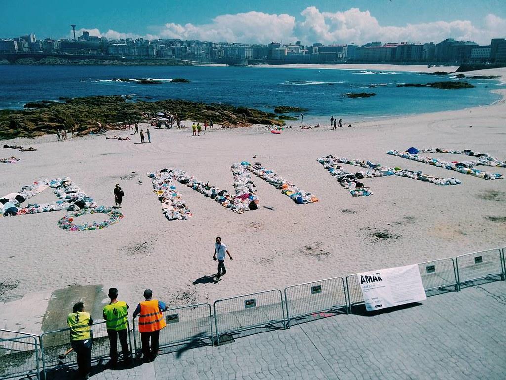 Amar o mar. #postsanjuan #sanjuan #Coruña #photography #amaromar #basura