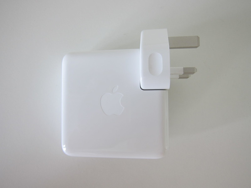 Apple 61W USB‑C Power Adapter - Side