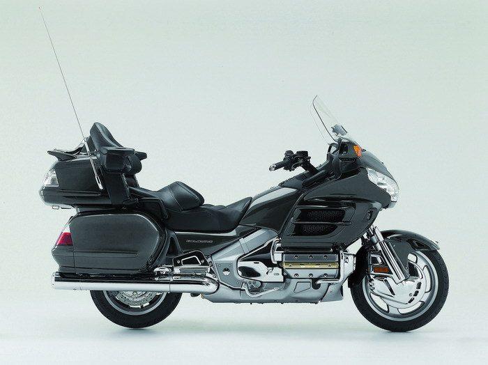 Honda GL 1800 GOLDWING 2010 - 14