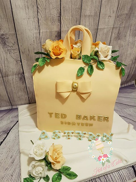 Handbag Cake by Helen Gillespie of Hell Of A Cake