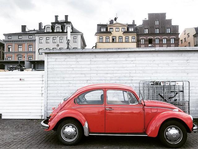 Beep Beep . . . #dashable #dashablestories #sweden #stockholm #beetle #volkswagenbeetle