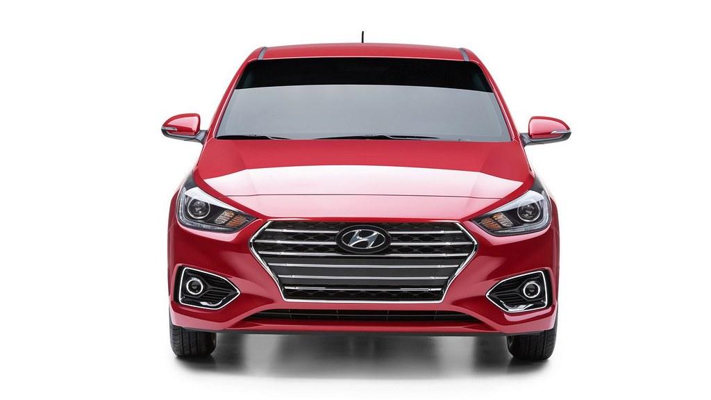 2018-Hyundai-Accent-Hyundai-Verna-front