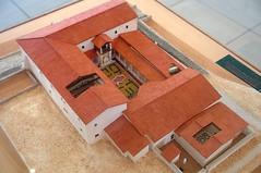 Maquette de la maison au grand péristyle