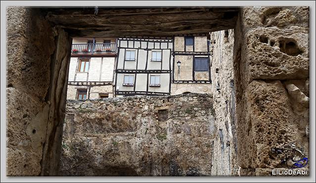 Pueblos mas bonitos de España en Burgos Frías (3)