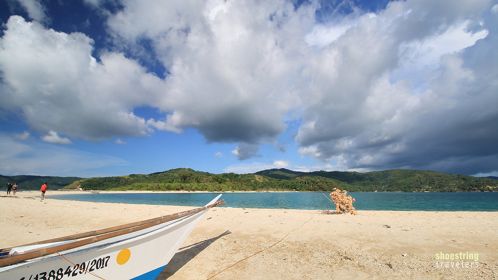 our tour boat at Bonbon Beach's sandbar
