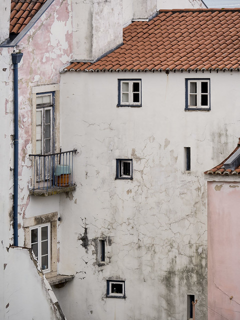 Lisbon - old house, Olympus E-M5, Lumix G X Vario 35-100mm F2.8 Power OIS