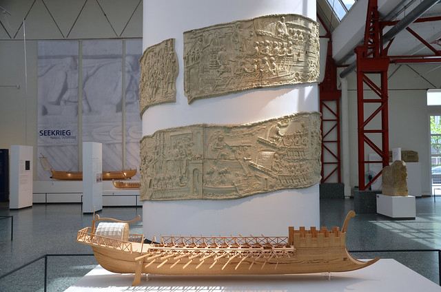 1:10 model of a Roman ship as shown on Trajan's Column, Museum für Antike Schiffahrt, Mainz