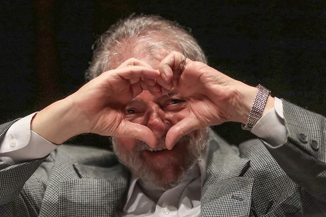 Internautas se mobilizam em apoio a Lula nas redes sociais; confira melhores memes