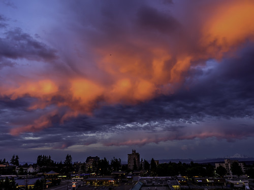 whiterock whiterockbc britishcolumbia canada sunset clouds mountbaker
