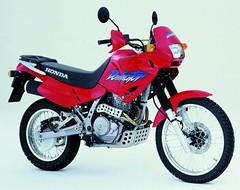 Honda NX 650 Dominator 2002 - 5