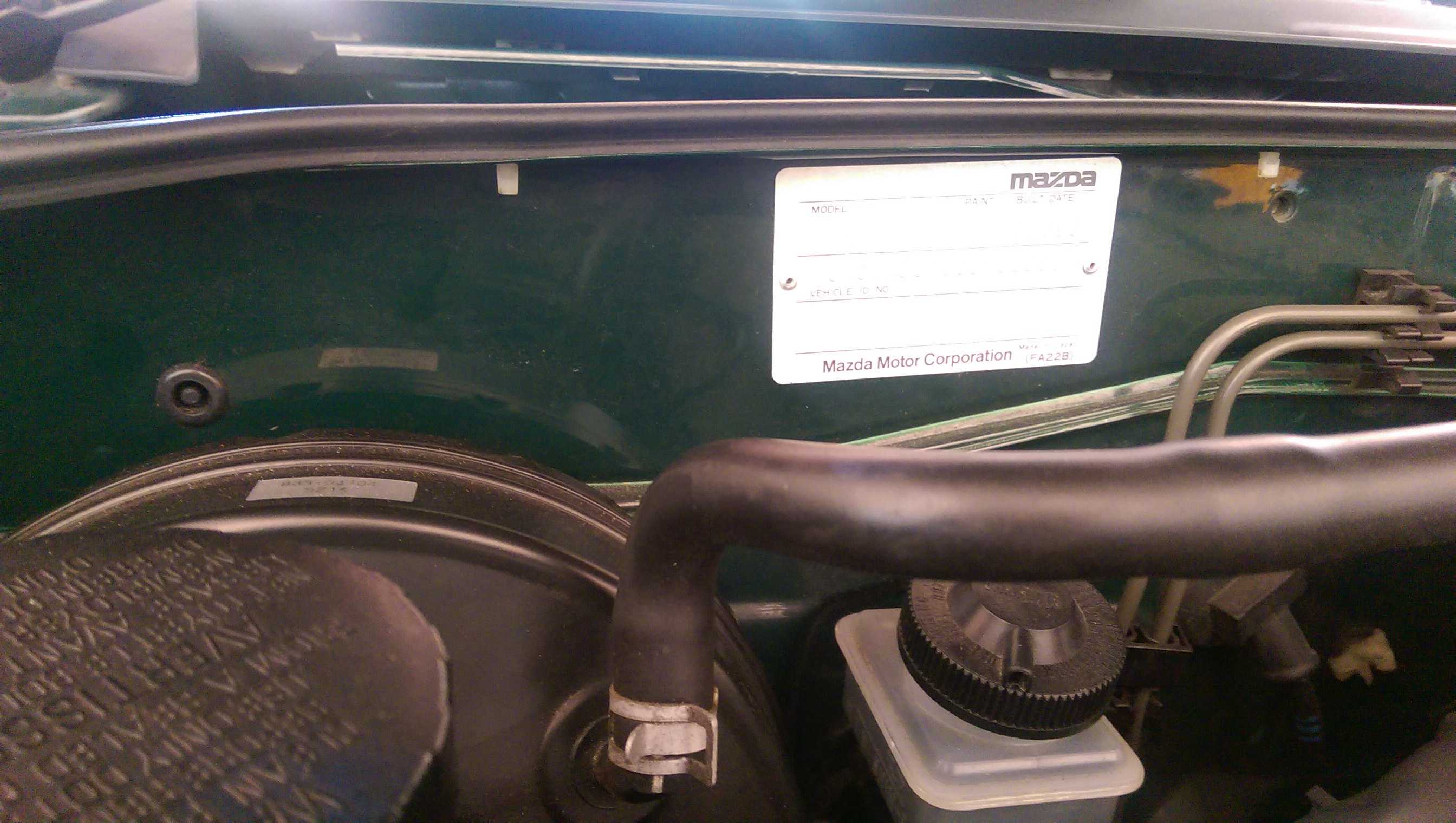1996 Na8c Mx 5 Japanese Nostalgic Car 99 Miata Fuel Filter Location On Step 7 Strip Back And Expose The Extension Wire That Came With Nopro Washer Bottle A Stripper Is Handy But If You Dont Have One