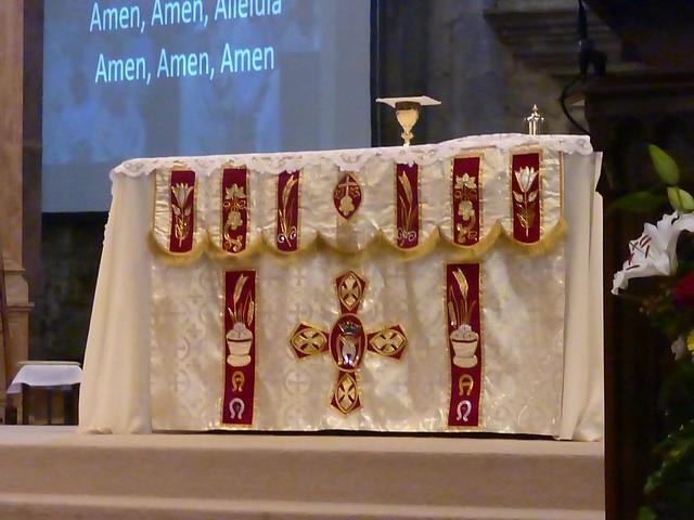2017 06 25 Ordination presbyérale Manoj Visuvasam, cathédrale de Rodez (218)