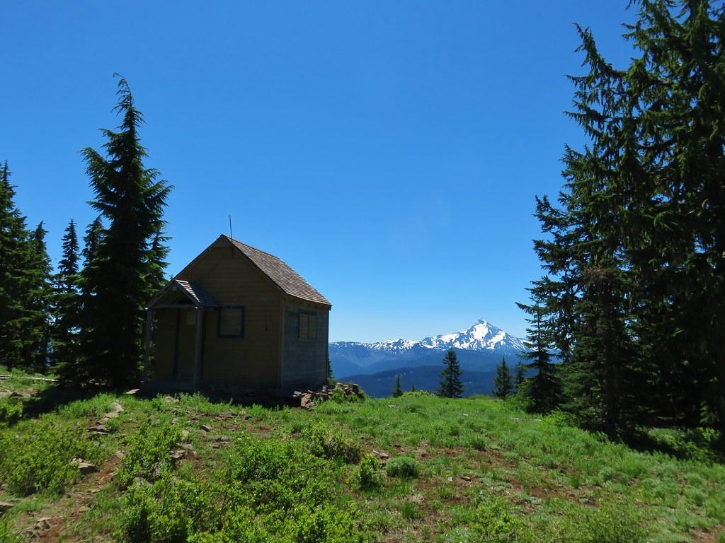Hawk Mountain Lookout and Mt. Jefferson