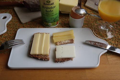 Heumilchkäse, Grinkenschmied und Ziegenkäse (alles Bio) auf Dinkel-Pur-Brot