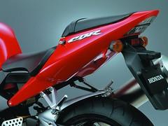 Honda CBR 900 RR FIREBLADE 2003 - 19