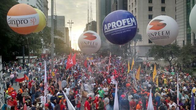En São Paulo, manifestantes se concentraram en la Avenida Paulista, la principal de la megalópolis - Créditos: Brasil de Fato