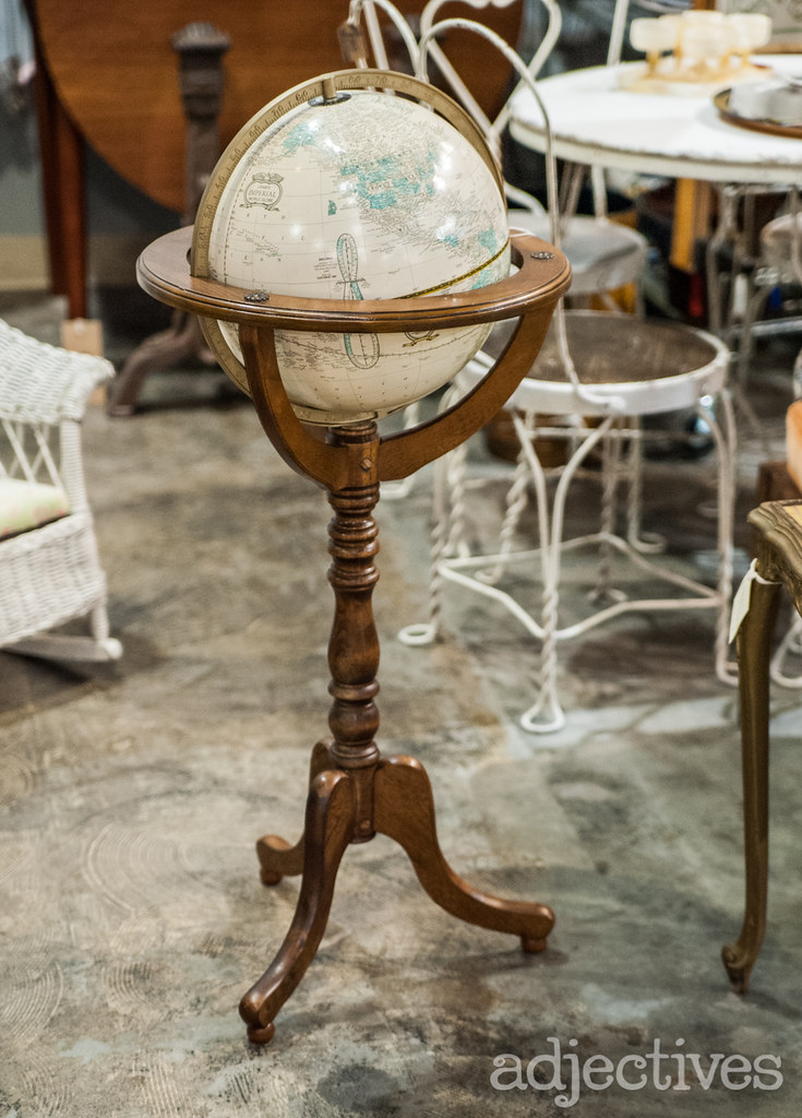 Cottage Antiques in Adjectives Altamonte