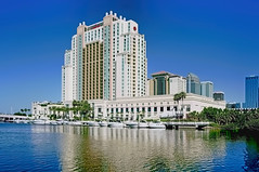Tampa Marriott Waterside Hotel & Marina, 700 South Florida Avenue, Tampa, Florida, USA / Architect(s): Nichols Brosch Sandoval & Associates, Inc. Niles Bolton Associates / Completed: 2000 / Architectural Style: Postmodernism / Height: 325 ft / Floors: 27
