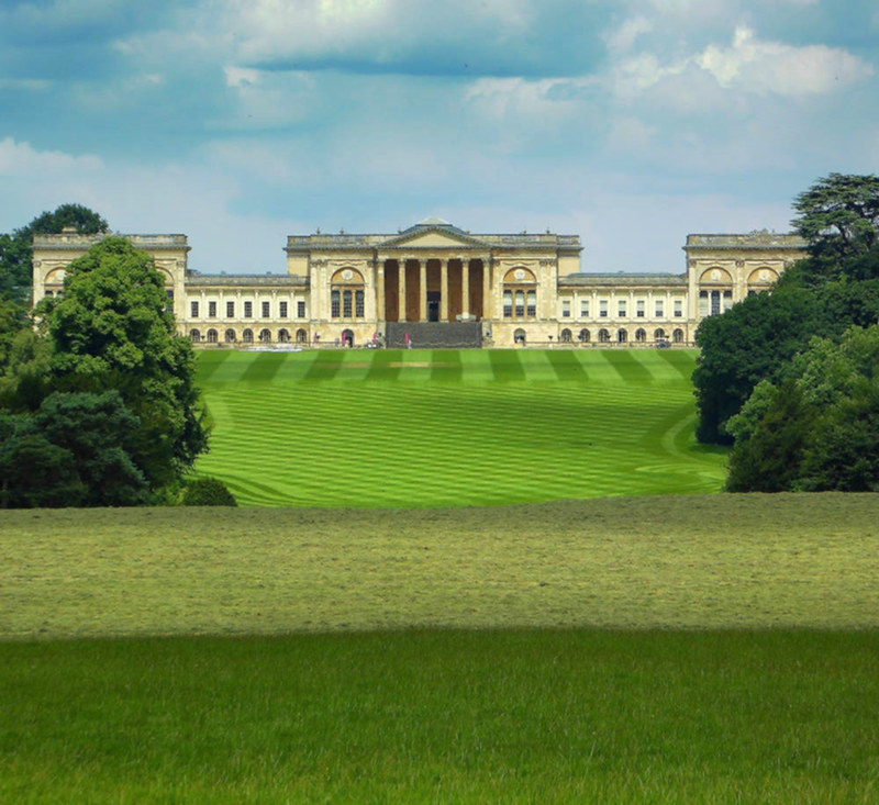 Stowe House viewed from the Corinthian Arch. Credit Jason Ballard, flickr