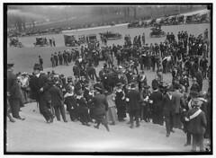Upward of 3,000 oppose U.S. entry into war: 1917