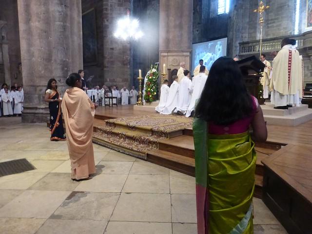 2017 06 25 Ordination presbyérale Manoj Visuvasam, cathédrale de Rodez (238)