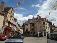 Place Notre Dame, Semur-en-Auxois