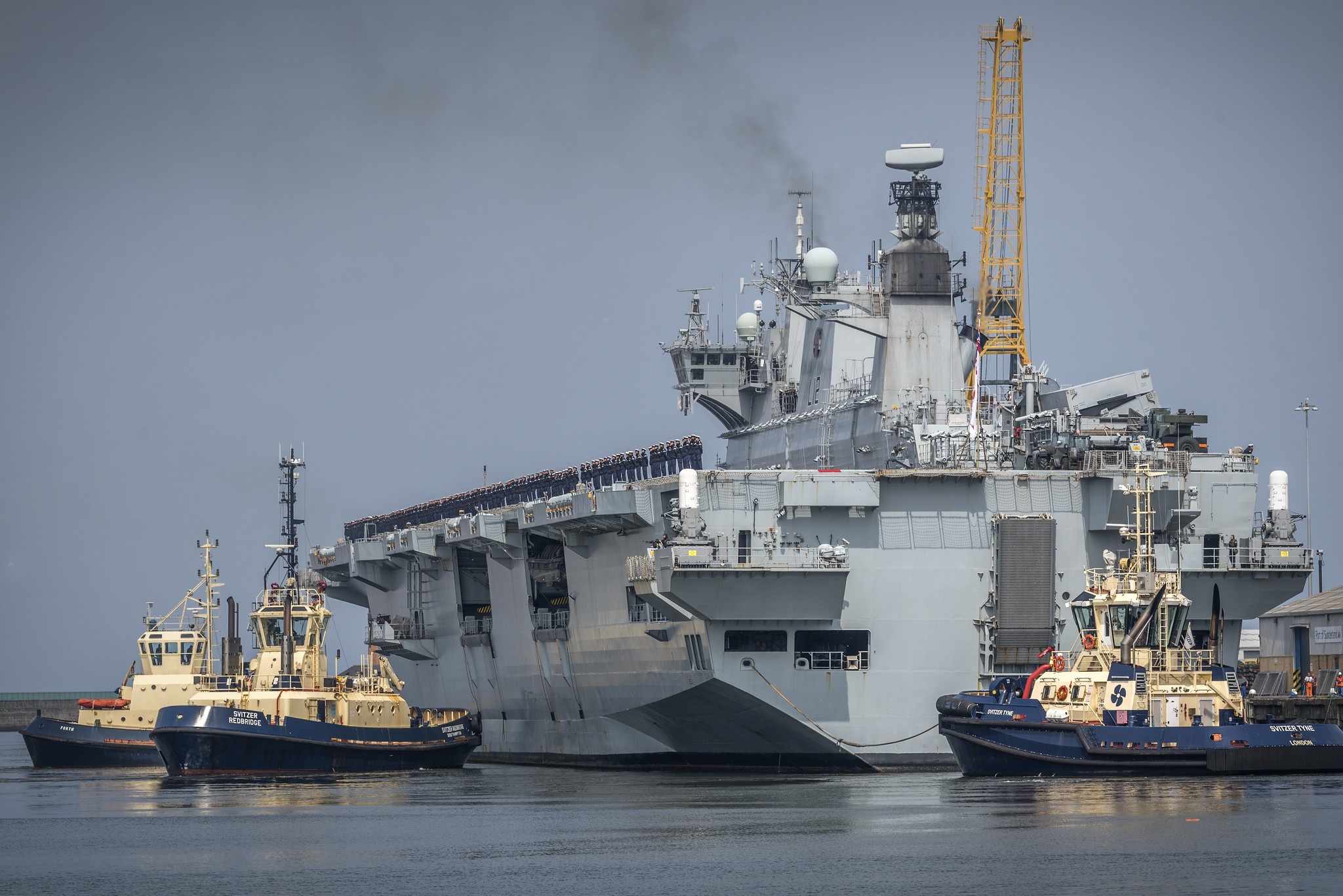 Helicopter carrier HMS Ocean (L12) - Page 2 34961848053_28f4543adb_k