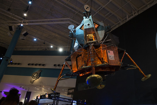 HEAL Students at the Space Center
