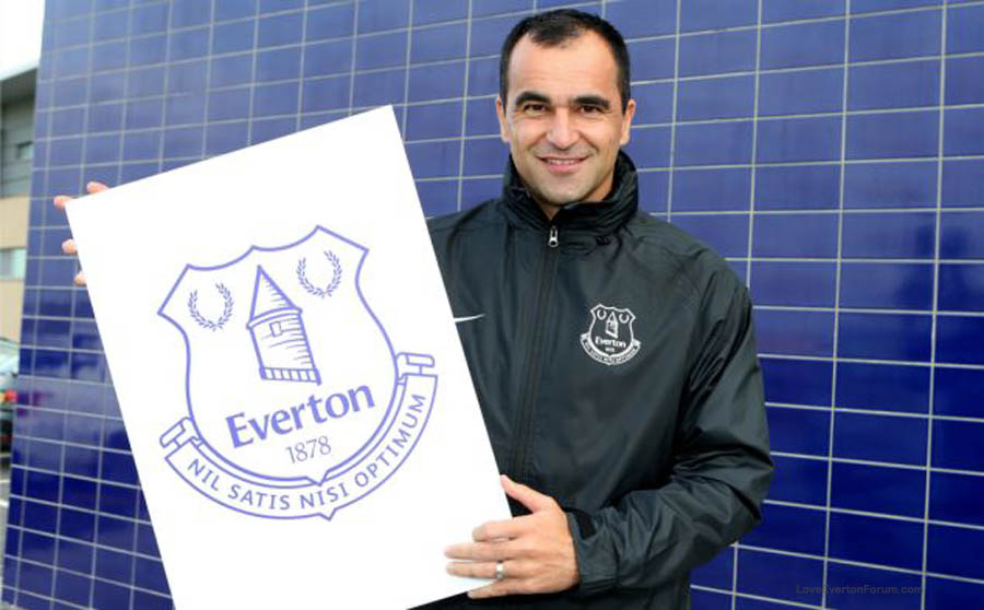 Roberto Martinez unveils the new Everton Crest