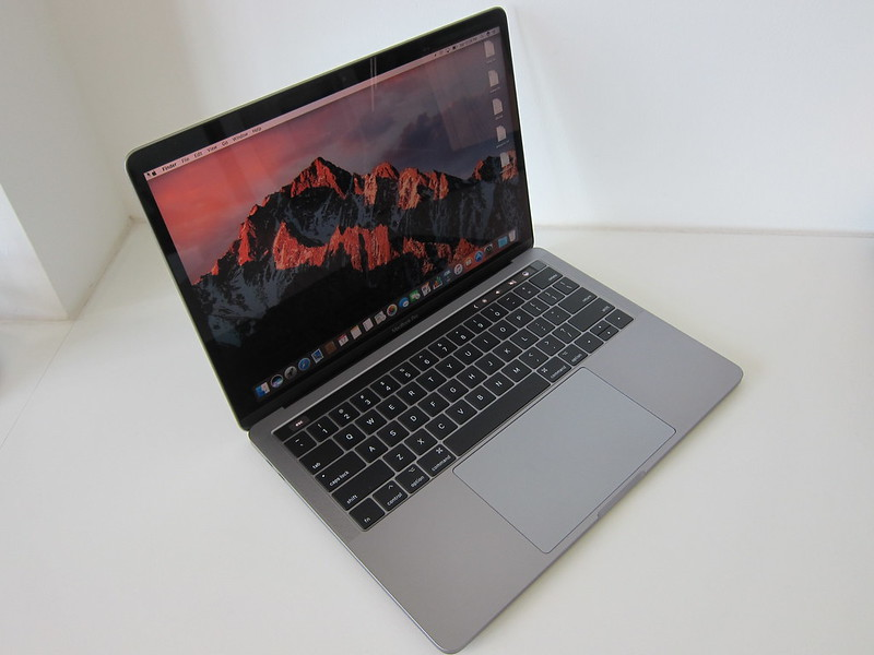 Apple MacBook Pro 13 Inch with Touch Bar and Touch ID (Mid 2017)