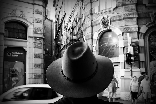 hat man cross street streetphoto sony minoltalens bw blackandwhite scene contrast close head