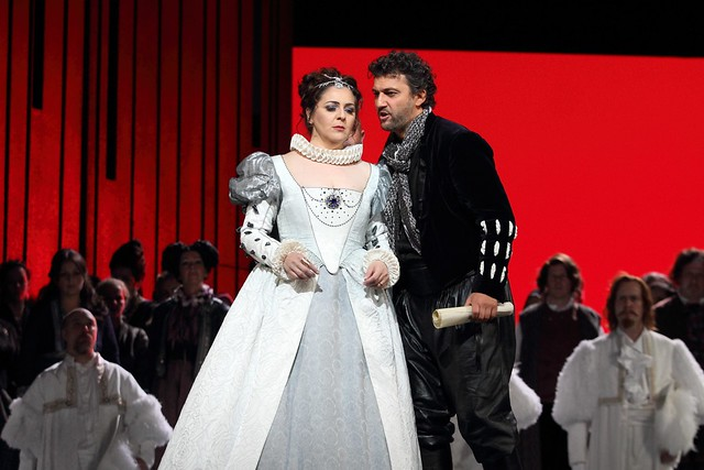 Maria Agresta and Jonas Kaufmann in Otello, The Royal Opera © 2017 ROH. Photograph by Catherine Ashmore