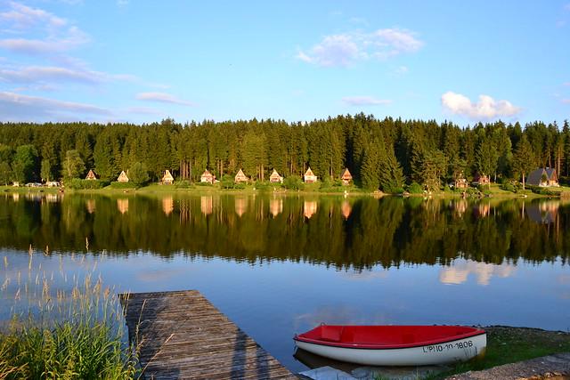 summer on the lake, Nikon D3100, AF-S DX VR Zoom-Nikkor 18-105mm f/3.5-5.6G ED