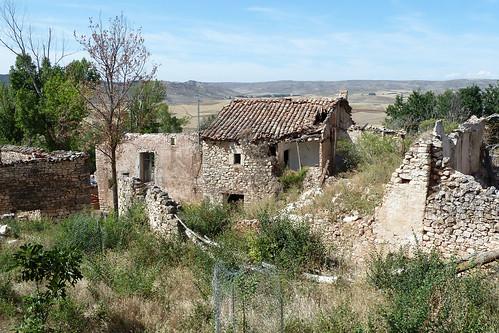 QUERENCIA (Sigüenza). Guadalajara. 2014. Semidespoblado (2 hab.). Ruinas.