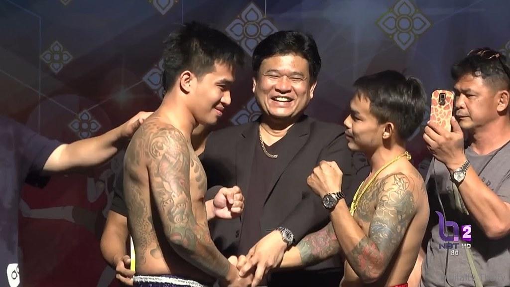 Liked on YouTube: เจอกันแน่'เสี่ยโป้ เพชรเกษม'ดวล'กง เมืองมีน'ชกเดิมพัน4ล้านบาท ศึกมวยดีวิถีไทยล่าสุด