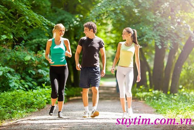 Đi bộ nhiều giúp tăng khả năng phát triển tuần hoàn bàng hệ mạch vành