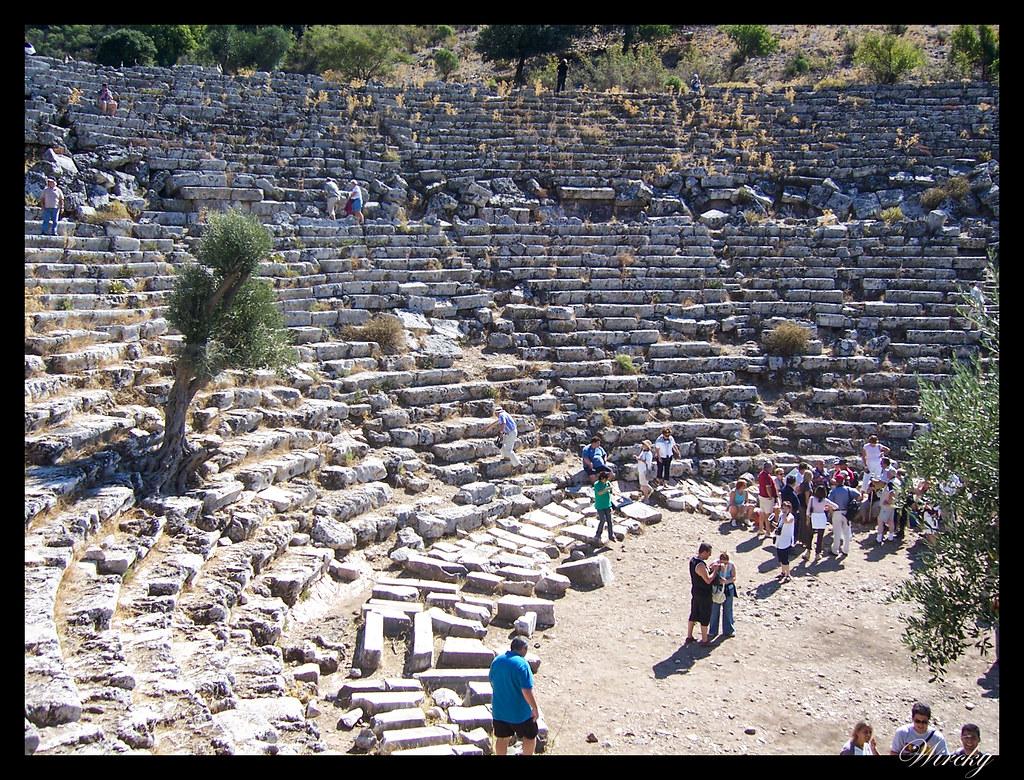 Crucero por el Mediterráneo - Teatro romano de Caunos