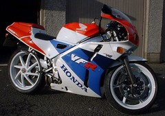Honda NC 30 - VFR 400 R 1993 - 0