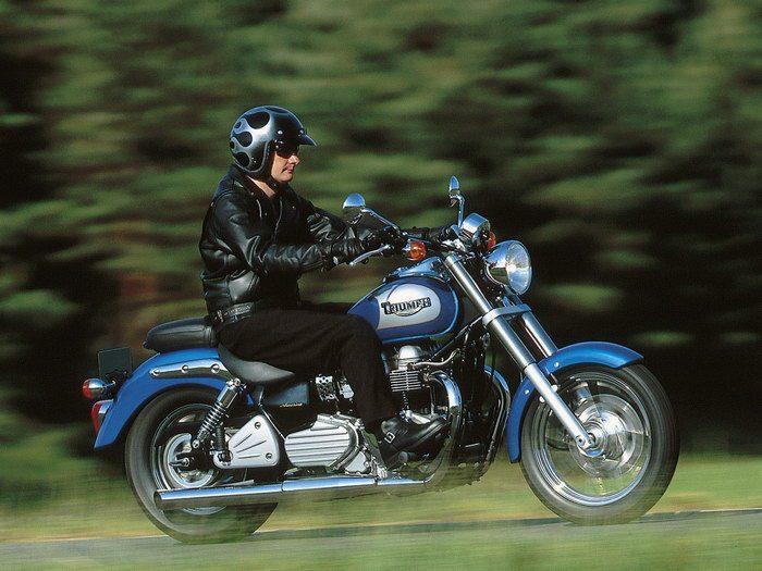 Triumph 800 BONNEVILLE AMERICA 2001 - 11