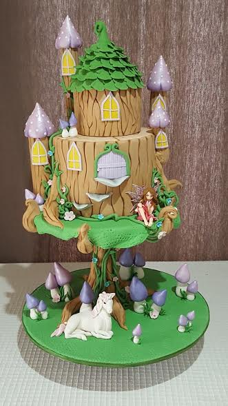 Fairy Castle by Dinesha Fernando of Fondant and Frosting